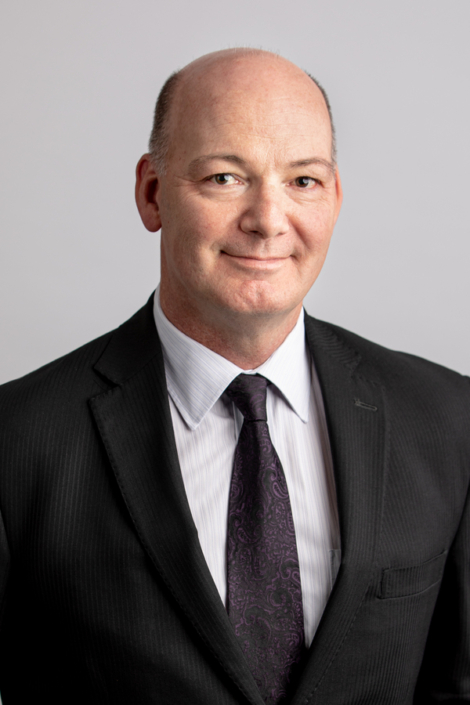 Doug Torrie - Practicing commercial and business matters, including business purchases and sales, commercial lending on behalf of financial institutions, corporate reorganizations, company law matters, commercial leasing and commercial real estate transactions.